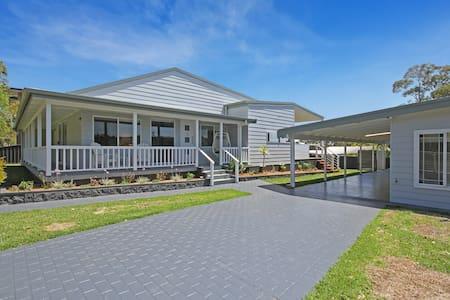 Tranquil Luxury Beach House Retreat - Bendalong - Huis