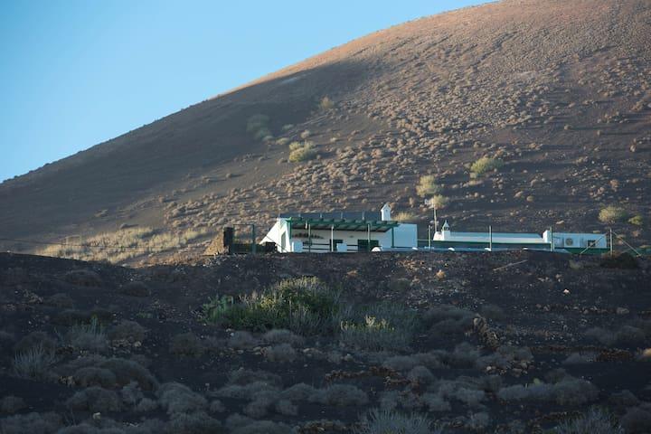 Casa Tinasoria ( Roque del Este ) para 2 personas - La Asomada - Villa