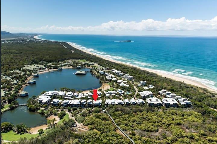 3 bed beach getaway at Twin Waters