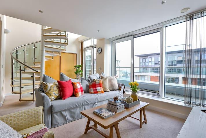 Luxury Duplex Penthouse | Excel | @WildRoses - London - Leilighet