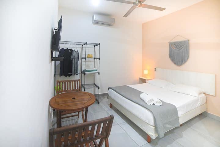 Apartment 6 with pool / near the beach & 5ta Av