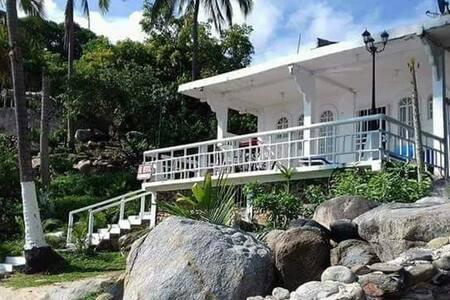 Casa en Playa Pizota (Playa Privada)