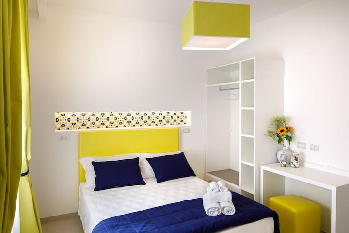 SorrentoLife Relais - Yellow Apartment