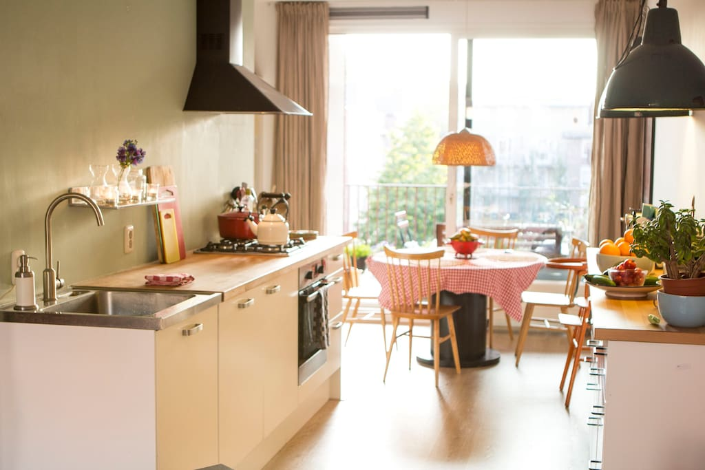 Open Kitchen, fully equipped with dining table. Nespresso available..
