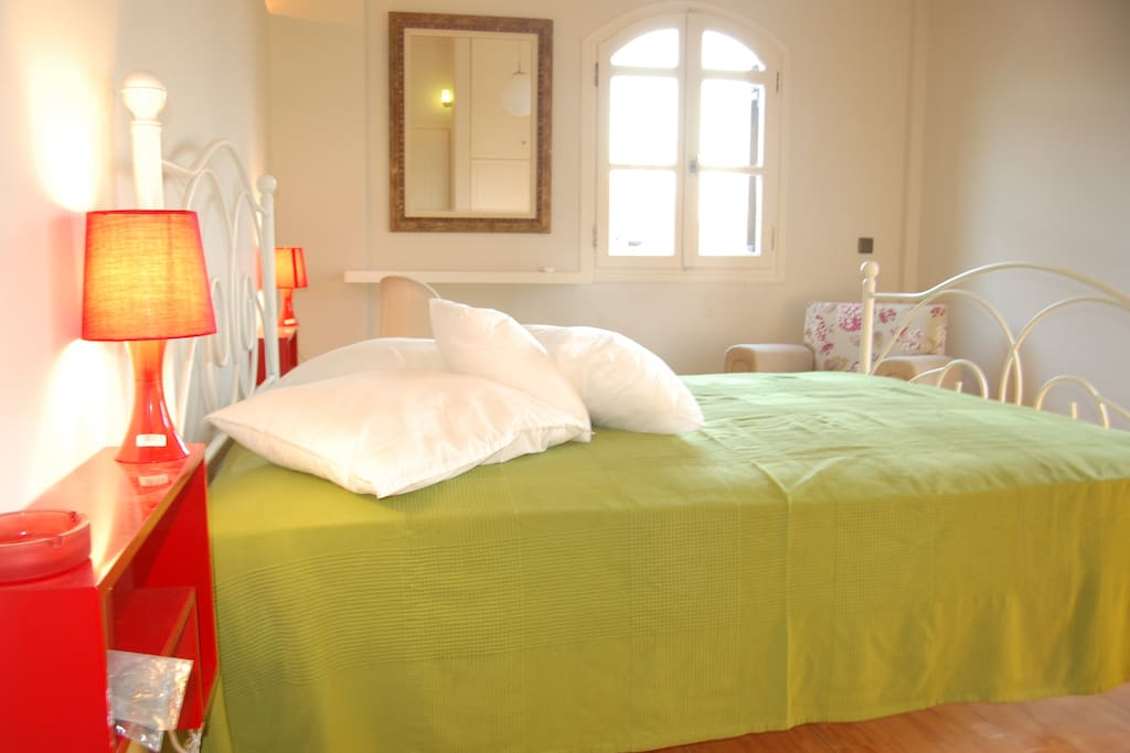 bedroom with double bed 2