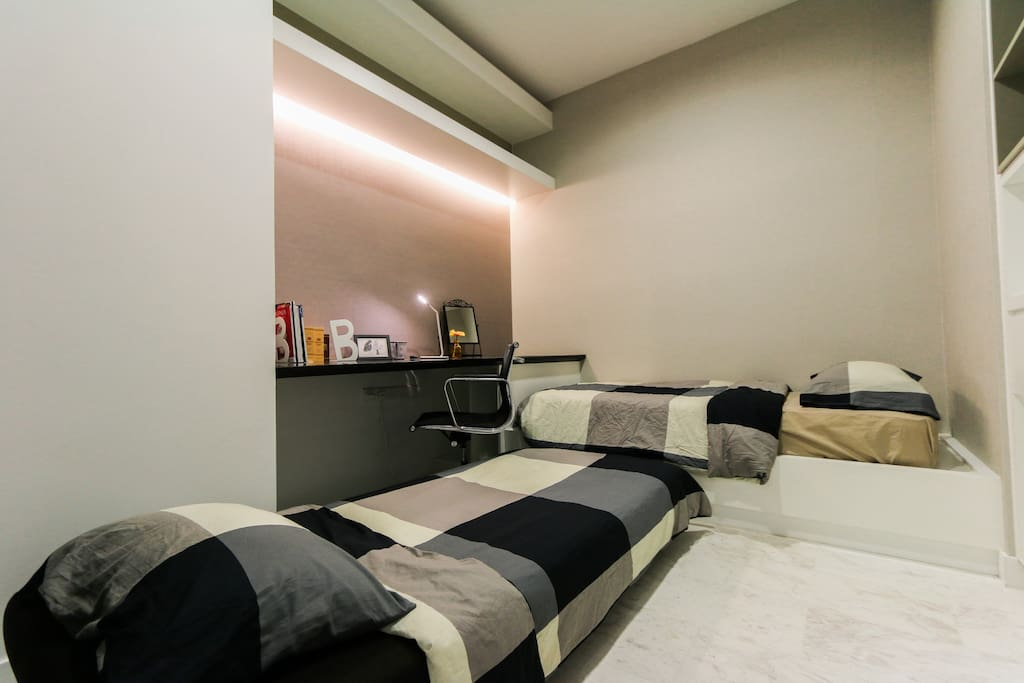 Platinum executive 2br suite at klcc amazing view serviced apartments for rent in kuala lumpur for Sofa bed kuala lumpur