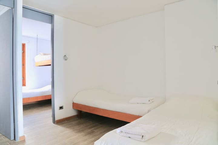 Two beds in comun area