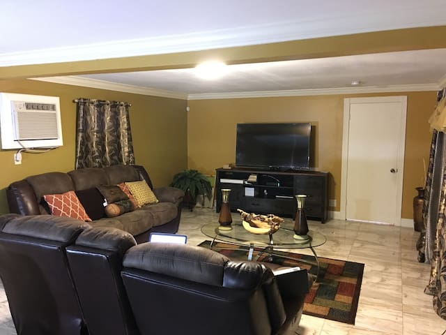 Spring Vacation Room/Best F. Lauderdale location