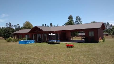 Casa Pucon 4 Dormitorios, 3 Baños, 190 M2, Terraza