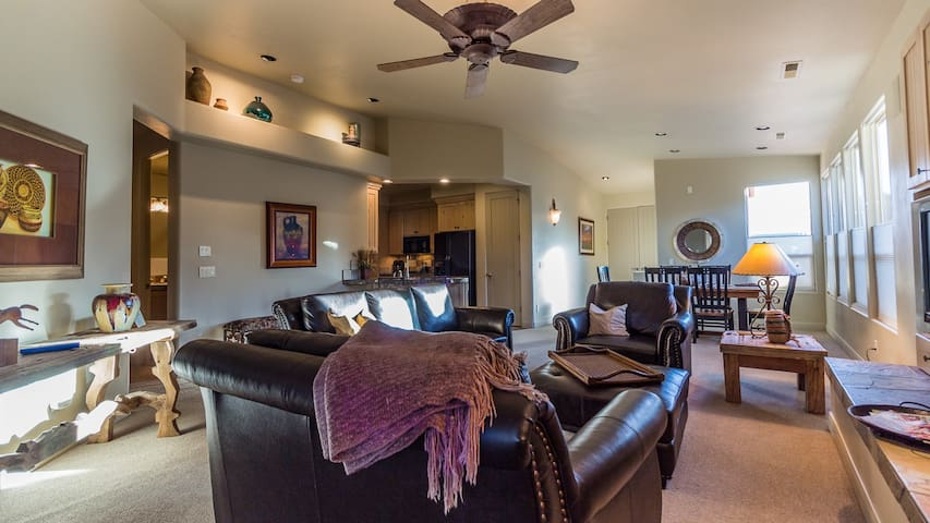 Entrada Immaculate Private Gated 2BR/2BA Twin Home