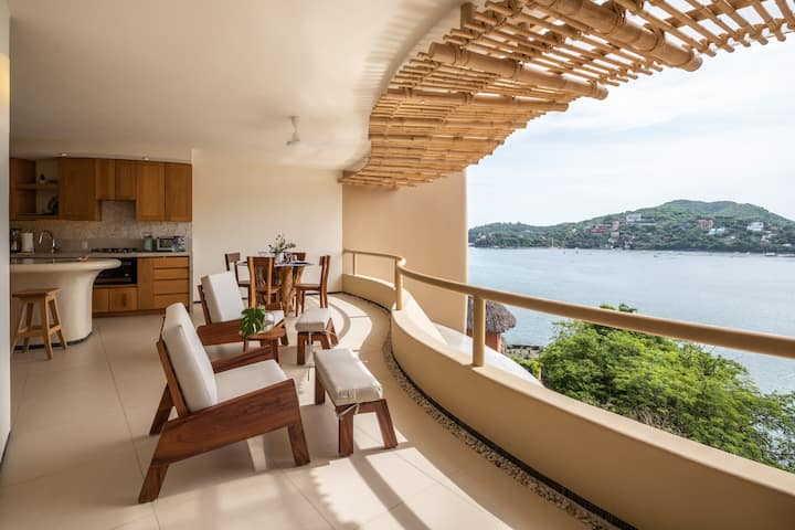 Stunning new modern luxury 1BR at Zihuatanejo
