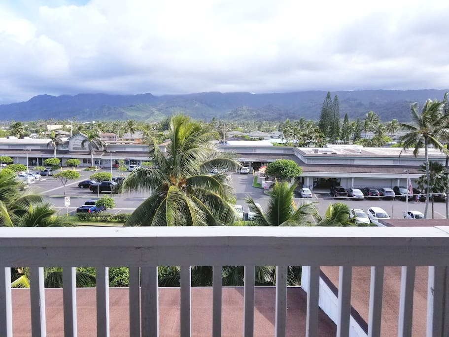 View of the Lanai/deck area