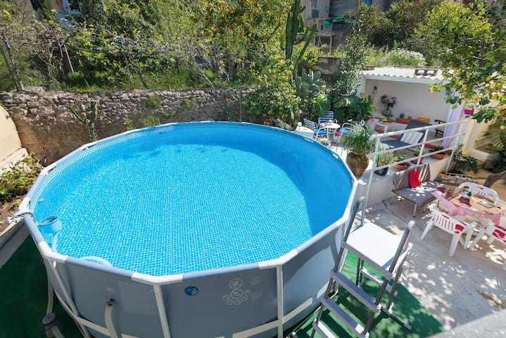 CA NA POLA - Chalet with above-ground private pool in Búger.