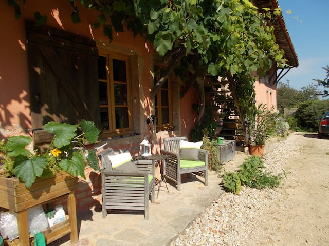 CHAMBRE D HOTES LA CASSINETTE - Romenay - Chambre d'hôtes