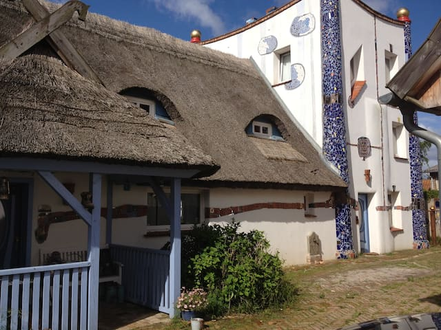 Hundertwasserhaus Börgerende - Börgerende-Rethwisch - Hus
