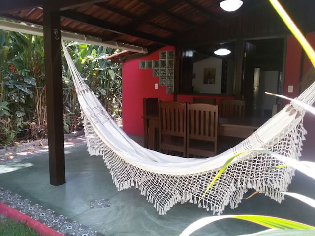 Chalet Encantado in the center of Pipa Beach