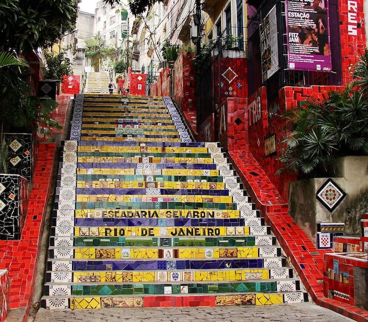 Quarto na escadaria Selaron, o coração da Lapa!
