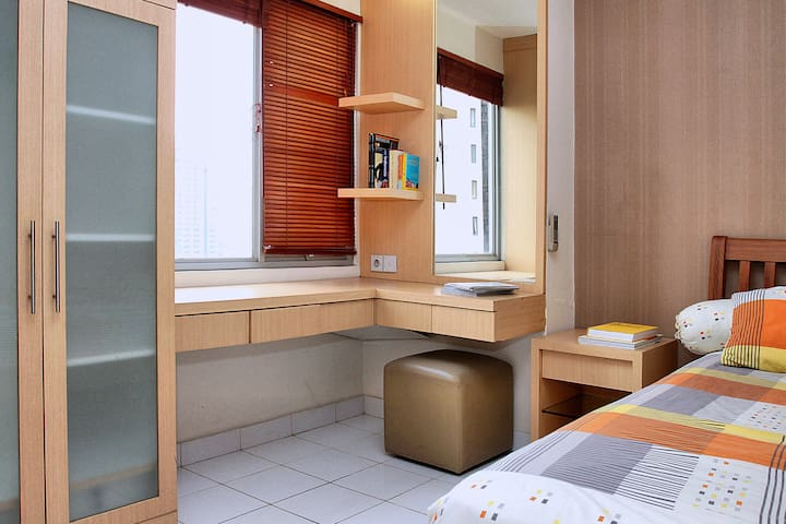 1 Bedroom Kuningan Great Location  - Setiabudi - Lejlighed