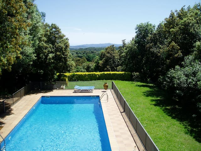 Costabravaforrent Carrió, with pool and garden - Foixà - Hus