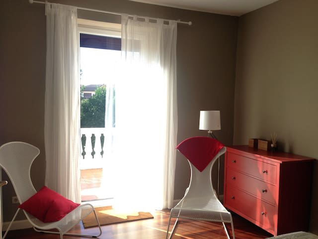 Villa, wifi, parking, 15 min beach! - San Sebastián - Villa