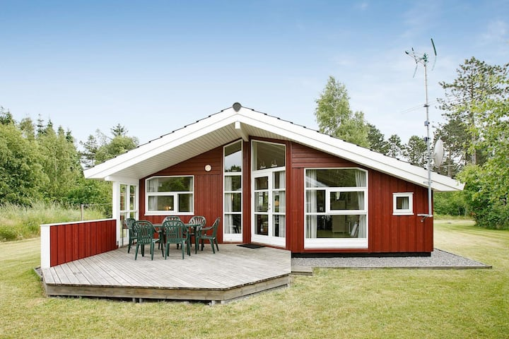 Quaint Holiday Home in Hadsund with Whirlpool