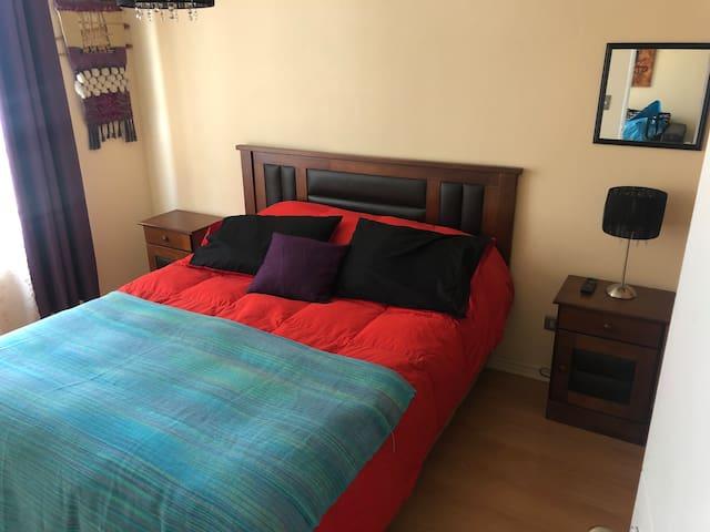 Habitación Principal ( cama matrimonial)
