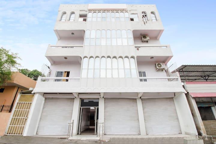 Budget 1-BR near Rishikesh railway station   4904