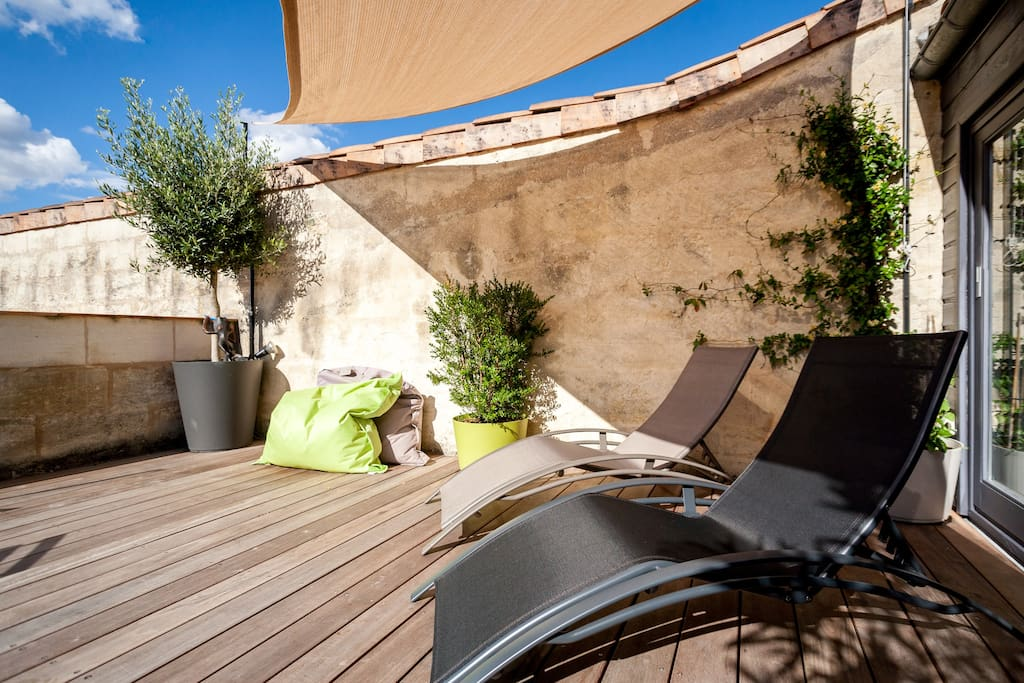 Duplex de charme grande terrasse appartements louer for Duplex bordeaux