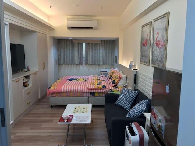 Kelly house 高雄捷运站全新[精致高档 豪华装潢]独立公寓 - Xinxing District - Kondominium