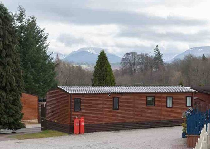 Aviemore Holiday Lodge Contact for mid week deals