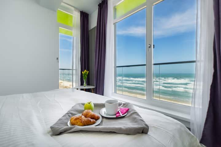 Mamaia Vice ❤️Seafront 2 Bedroom Alezzi Resort