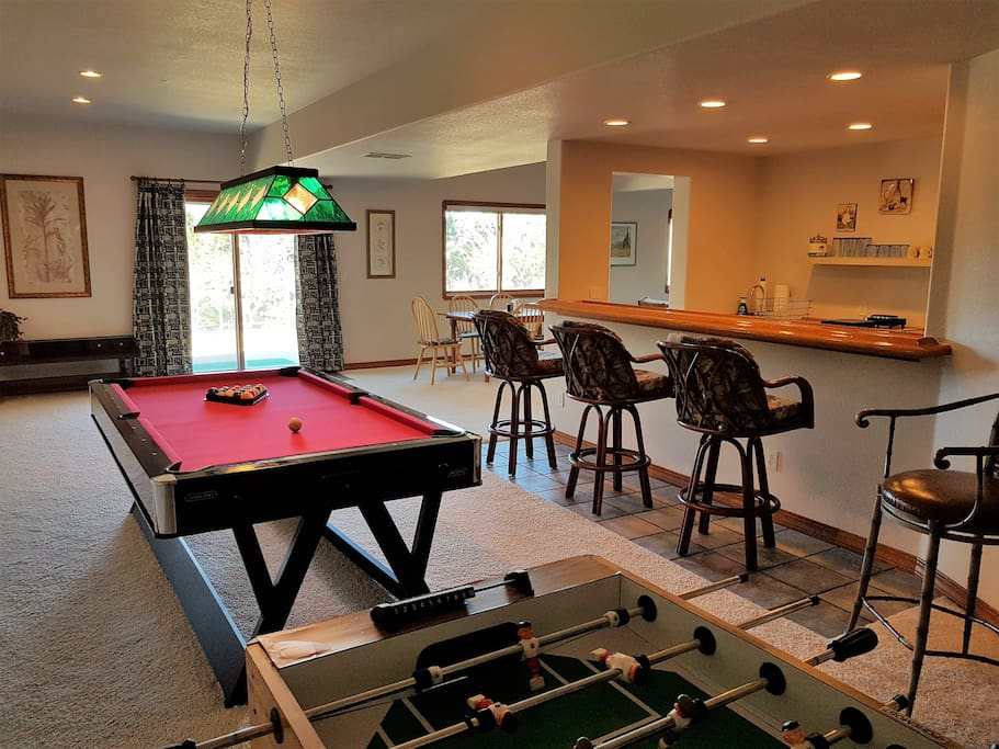 Spacious Walkout Basement 2 Bedroom 1 Bath Guest Suites For Rent In Colorado Springs