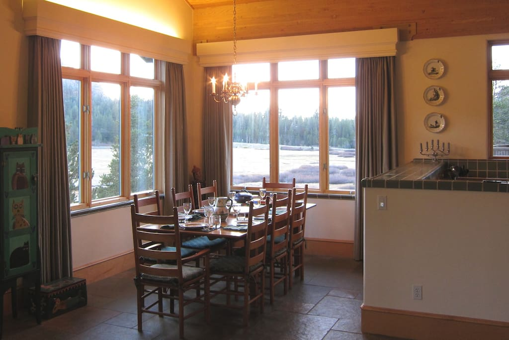 Panoramic views; table extends to sit 10-12