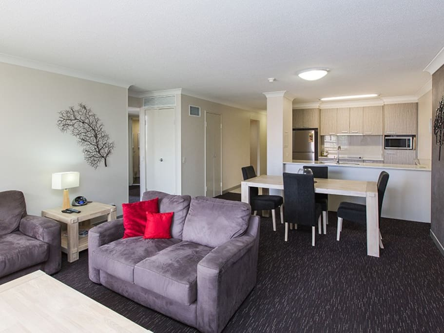 Two Bedroom Unit South Brisbane Apartments For Rent In South Brisbane Queensland Australia