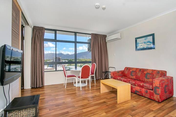 Sunshine Towers One Bedroom - #507 - Cairns - Apartamento
