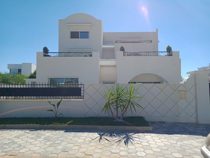 LV001 Maisons et Villas au bord de mer