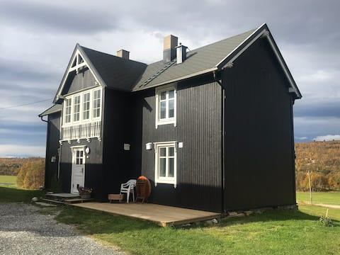 Ellen-rommet Farm, 10 km from Røros
