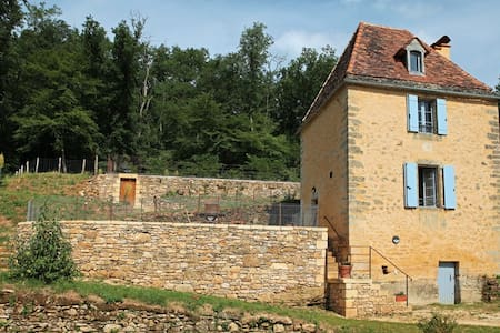 The Milou Tower, a nest in Dordogne