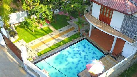 Villa@12 Induruwa - Home stay