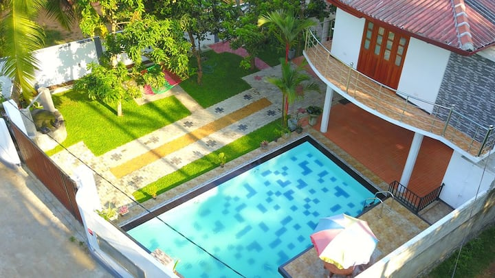 Villa@12 Induruwa - Home stay