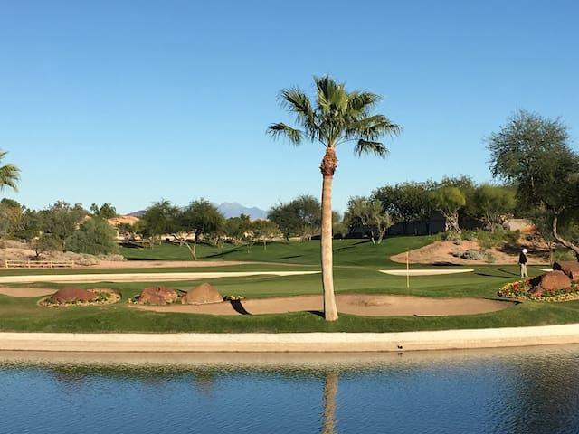 Scottsdale Serenity - Private room, bath & patios - Scottsdale - Hus