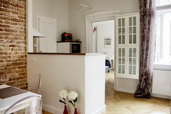 Living area I. (kitchen and dining table)