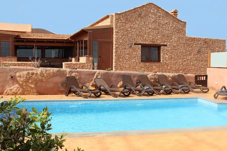 Amazing Villa with private pool - Puerto del Rosario