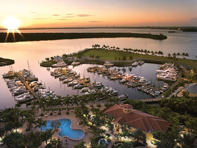 WestinCapeCoral 1bed sleeps 2 unit6 - Cape Coral - Lejlighed
