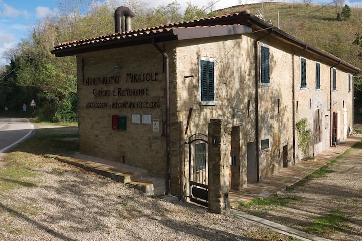 Countryhouse Mirasole - Predappio - Predappio - Bed & Breakfast