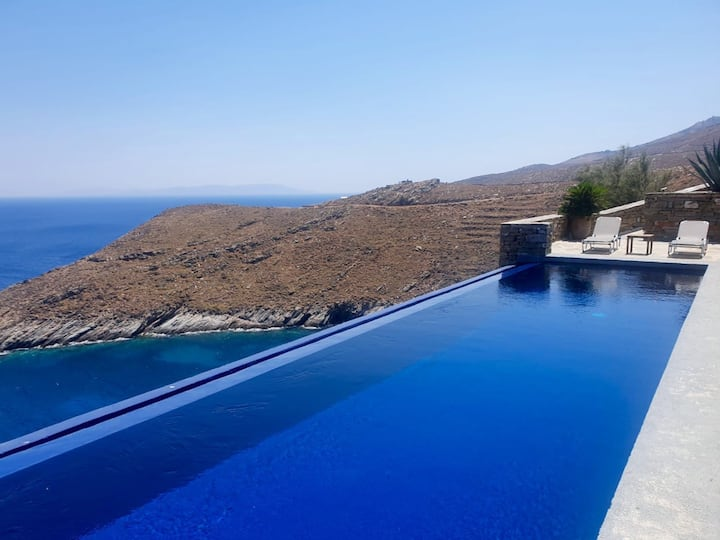 KEA Cyclades Greece - Villa Hyperion