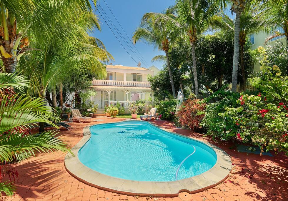 Villa belifage verte avec piscine villen zur miete in for Piscine 5 juillet bab ezzouar