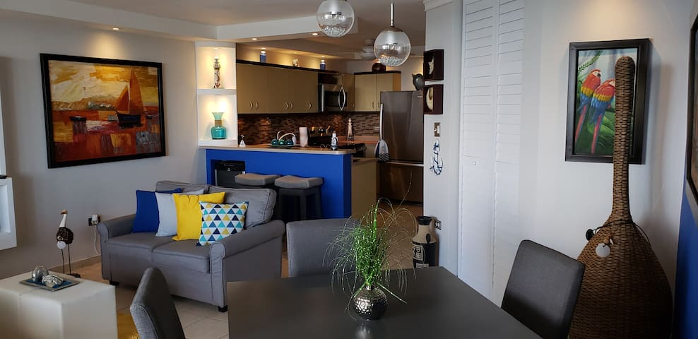 Living, Dining Room & Kitchen with stools