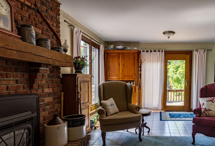 Cayuga Country Cottage Finger Lakes - Romulus - Penzion (B&B)