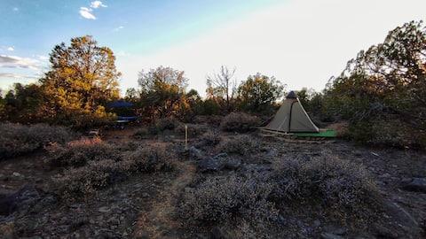 TiPi Glamping Experience near GC NP and Sedona